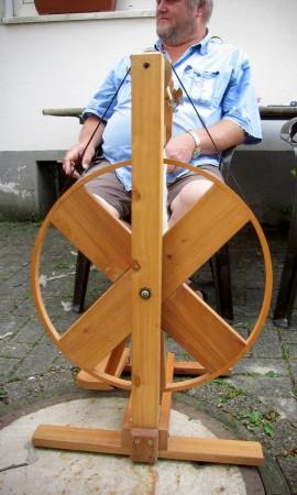 Impressionen vom 3. Offenen Spinntreffen am 18. Juli 2015 mit Beate Hoppe, Umweltpädagogisches Zentrum Haus Heed,  Meinerzhagen.  © Foto: Stefanie Schildchen