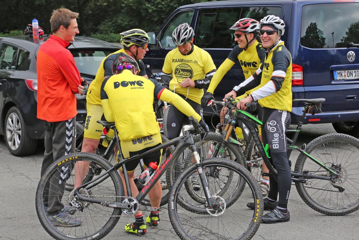 Mit dabei war natürlich auch das RAAM-Team. © Foto: Hendrik Klein/Märkischer Kreis